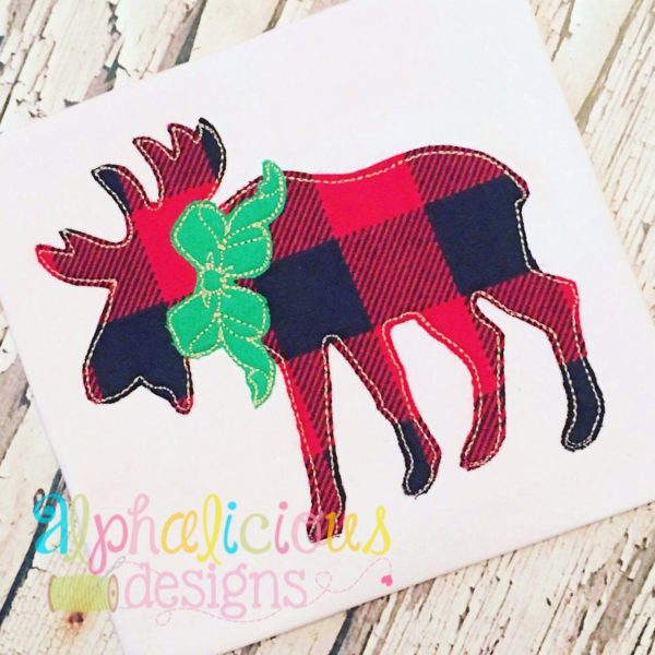 Woodlands Moose with Bow Applique-Triple Bean