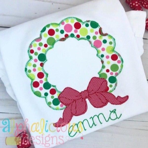 Holiday Cheer Wreath Applique-Blanket