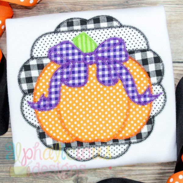 Patchwork Scallop Pumpkin with Bow-ZigZag