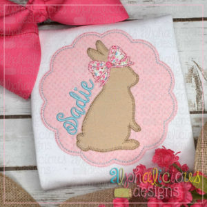 Bunny In Scallop Circle Frame-Blanket