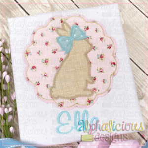 Bunny In Scallop Circle Frame-ZigZag