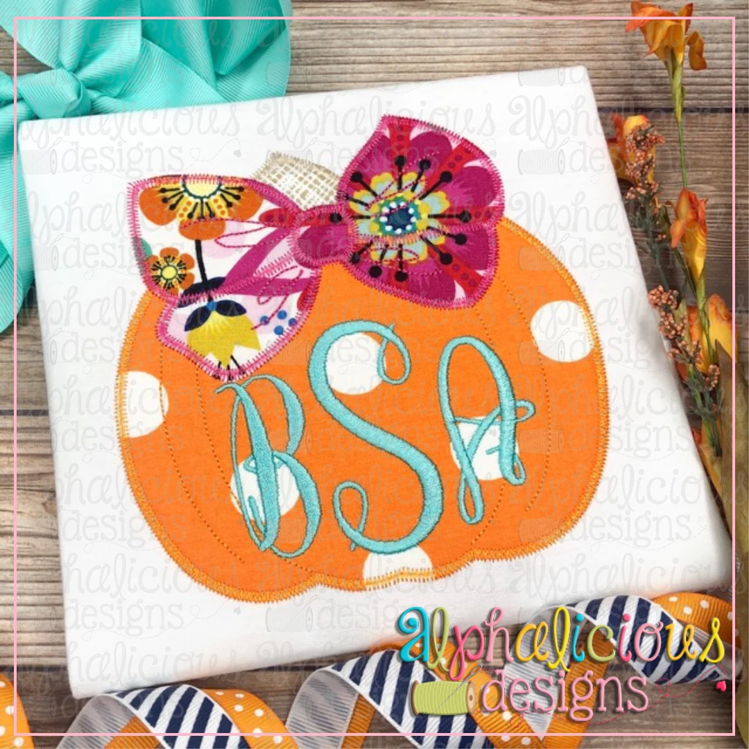 Pretty Pumpkin with Bow-Zig Zag